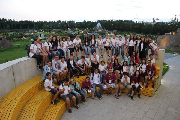 http://www.youngleaderscamp.com/images/spsimpleportfolio/ekskursiya-6/trip13-min_600x400.jpeg
